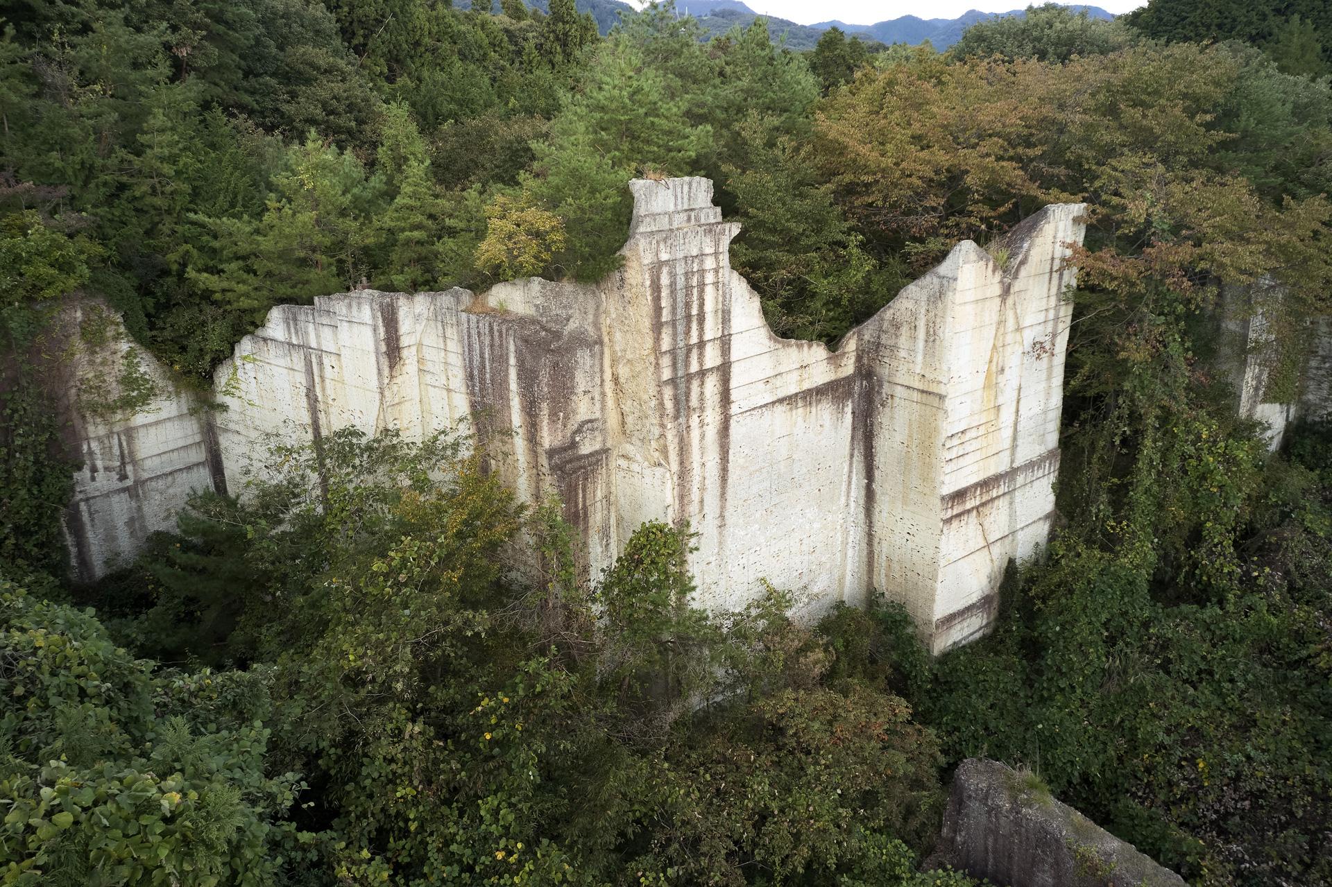 ホテル山(トウヤ採石場)