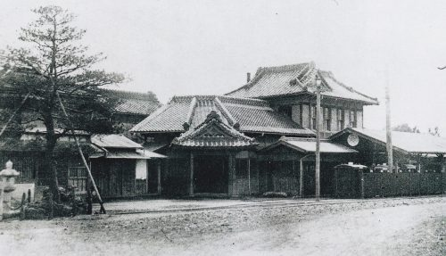 Utsunomiya Sekizai Kido (stone railway) Corporation, Zaimokucho Station (the current Takashima ENT Clinic) in 1907